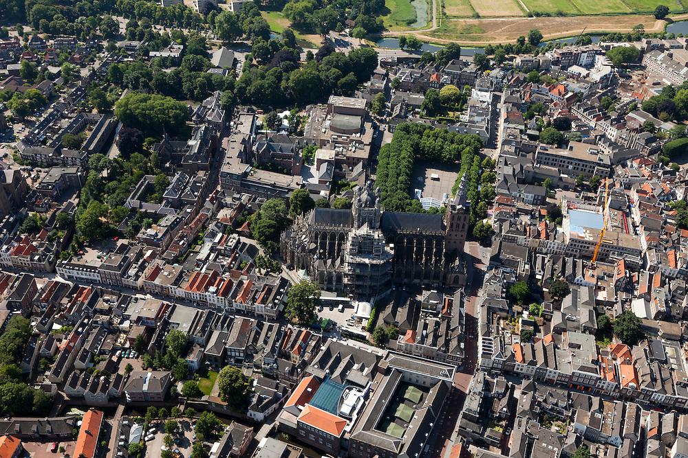 Nederland, Noord-Brabant, Den Bosch, 08-07-2010; Sint-Janskathedraal - Kathedrale Basiliek van Sint-Jan Evangelist. .St. John's Cathedral - Cathedral of St. John Evangelist..luchtfoto (toeslag), aerial photo (additional fee required).foto/photo Siebe Swart