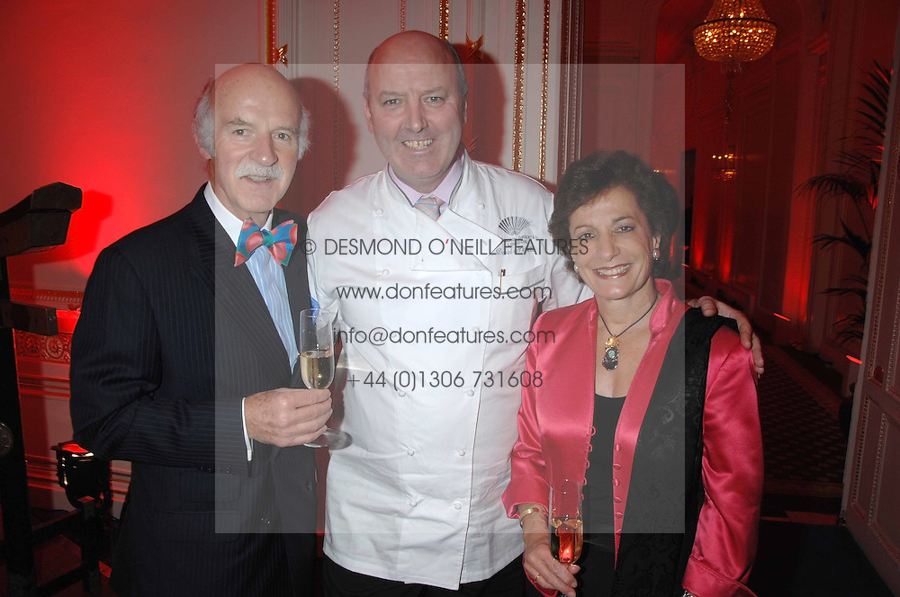 Left to right, ANTON MOSIMANN, DAVID NICHOLLS Mandarin Oriental Hyde ParkÍs director of food & beverage and MRS MOSIMANN at a party hosted by the Mandarin oriental Hyde park Hotel to celebrate the Chinese new year on 19th February 2007.<br /><br />NON EXCLUSIVE - WORLD RIGHTS