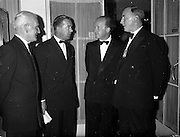 06/06/1962<br /> 06/06/1962<br /> 06 June 1962<br /> Royal Institution of Naval Architects Dinner at the Gresham Hotel, Dublin. Erskine Childers T.D., Minister for Transport and Power is second from right.