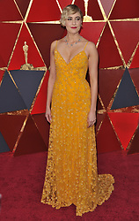 Greta Gerwig walking on the red carpet during the 90th Academy Awards ceremony, presented by the Academy of Motion Picture Arts and Sciences, held at the Dolby Theatre in Hollywood, California on March 4, 2018. (Photo by Sthanlee Mirador/Sipa USA)