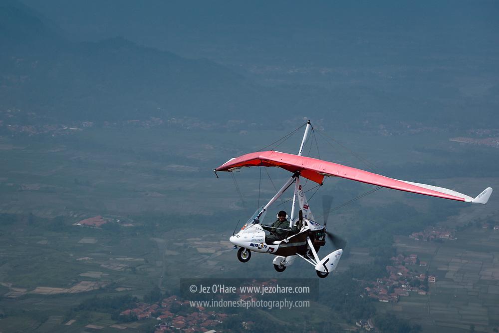 Saleh Sudrajat flying his P&M GT450 Trike over Bandung, West Java, Indonesia.