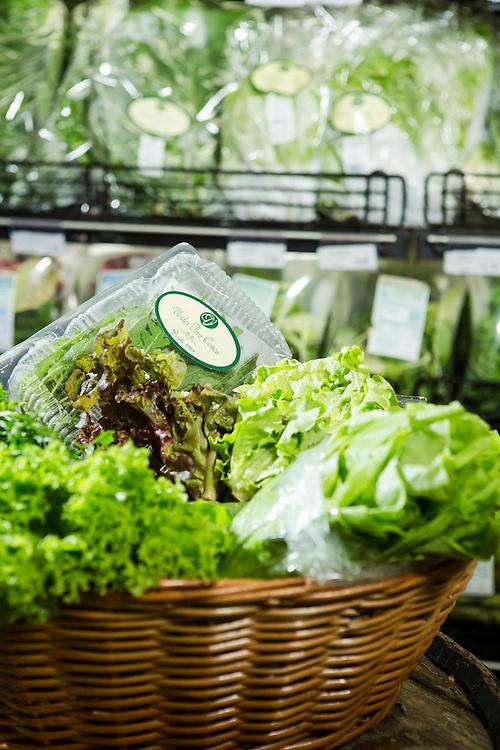 Belo Horizonte_MG, Brasil.<br /> <br /> Alimentos organicos em um supermercado em Belo Horizonte, Minas Gerais.<br /> <br /> Organic food at a supermarket in Belo Horizonte, Minas Gerais.<br /> <br /> Foto: RAFAEL MOTTA / NITRO