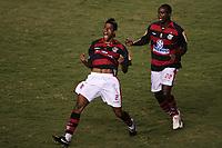 20100224: RIO DE JANEIRO, BRAZIL - Flamengo vs CD Universidad Catolica: Copa Libertadores 2010. In picture: Leonardo Moura (Flamengo) celebrating goal with team mate Vinicius Pacheco (R). PHOTO: CITYFILES