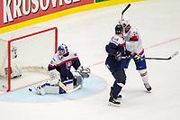 Ishockey<br /> VM 2015<br /> 06.05.2015<br /> Norge v Slovakia 3:2<br /> Foto: imago/Digitalsport<br /> NORWAY ONLY<br /> <br /> Mattias Nørstebo (NOR) scores against Goalie Jan Laco (SVK).