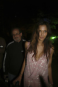 Padma Lashki and Salman Rushdie,  Quintessentially Summer party, Debenham House. Addison Rd. London. 15 June 2006. ONE TIME USE ONLY - DO NOT ARCHIVE  © Copyright Photograph by Dafydd Jones 66 Stockwell Park Rd. London SW9 0DA Tel 020 7733 0108 www.dafjones.com