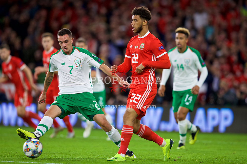 CARDIFF, WALES - Thursday, September 6, 2018: Wales' Tyler Roberts and Republic of Ireland's Shaun Williams during the UEFA Nations League Group Stage League B Group 4 match between Wales and Republic of Ireland at the Cardiff City Stadium. (Pic by Paul Greenwood/Propaganda)