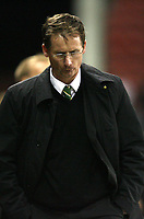 Photo: Paul Greenwood/Sportsbeat Images.<br /> Stoke City v Norwich City. Coca Cola Championship. 01/12/2007.<br /> Norwich manager Glen Roeder leaves the field at the end of the match.