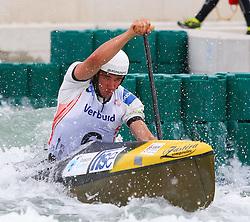 27.06.2015, Verbund Wasserarena, Wien, AUT, ICF, Kanu Wildwasser Weltmeisterschaft 2015, C1 men, im Bild Luka Zganjar(SLO) // during the final run in the men's C1 class of the ICF Wildwater Canoeing Sprint World Championships at the Verbund Wasserarena in Wien, Austria on 2015/06/27. EXPA Pictures © 2014, PhotoCredit: EXPA/ Sebastian Pucher