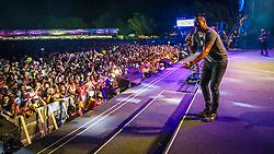 Soriso Maroto se apresenta no Palco Planeta durante a 22ª edição do Planeta Atlântida. O maior festival de música do Sul do Brasil ocorre nos dias 3 e 4 de fevereiro, na SABA, na praia de Atlântida, no Litoral Norte gaúcho.  Foto: Jefferson Bernardes / Agência Preview Sorriso Maroto se apresenta no Palco Planeta durante a 22ª edição do Planeta Atlântida. O maior festival de música do Sul do Brasil ocorre nos dias 3 e 4 de fevereiro, na SABA, na praia de Atlântida, no Litoral Norte gaúcho.  Foto: Jefferson Bernardes / Agência Preview