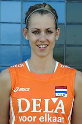 02-06-2010 VOLLEYBAL: NEDERLANDS VROUWEN VOLLEYBAL TEAM: ALMERE<br /> Reportage Nederlands volleybalteam vrouwen / Debby Stam<br /> ©2010-WWW.FOTOHOOGENDOORN.NL