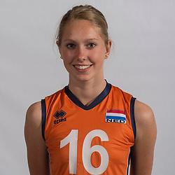 07-06-2016 NED: Jeugd Oranje meisjes <2000, Arnhem<br /> Photoshoot met de meisjes uit jeugd Oranje die na 1 januari 2000 geboren zijn / Vera Mulder