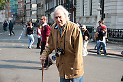 LEGENDARY PHOTOGRAPHER WILLIAM KLEIN, The Royal Wedding of Prince William and  Catherine Middleton. Scenes around Buckingham Palace and the Mall.   London. 29 April 2011. , -DO NOT ARCHIVE-© Copyright Photograph by Dafydd Jones. 248 Clapham Rd. London SW9 0PZ. Tel 0207 820 0771. www.dafjones.com.