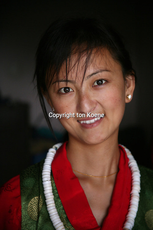 Tibetan woman (Model released)