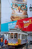 Portugal, Lisbonne, quartier de Baixa pombalin, tramway numero 28 // Portugal, Lisbon, tram 28