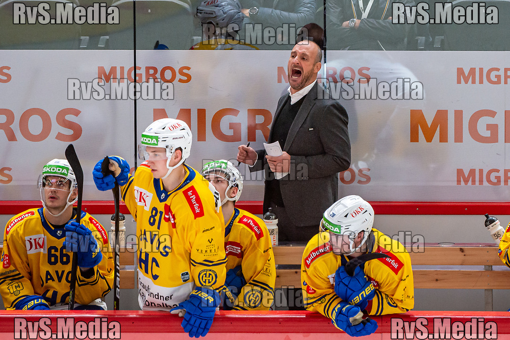 LAUSANNE, SWITZERLAND - SEPTEMBER 24: Head Coach Christian Wohlwend of HC Davos reacts during the Swiss National League game between Lausanne HC and HC Davos at Vaudoise Arena on September 24, 2021 in Lausanne, Switzerland. (Photo by Robert Hradil/RvS.Media)