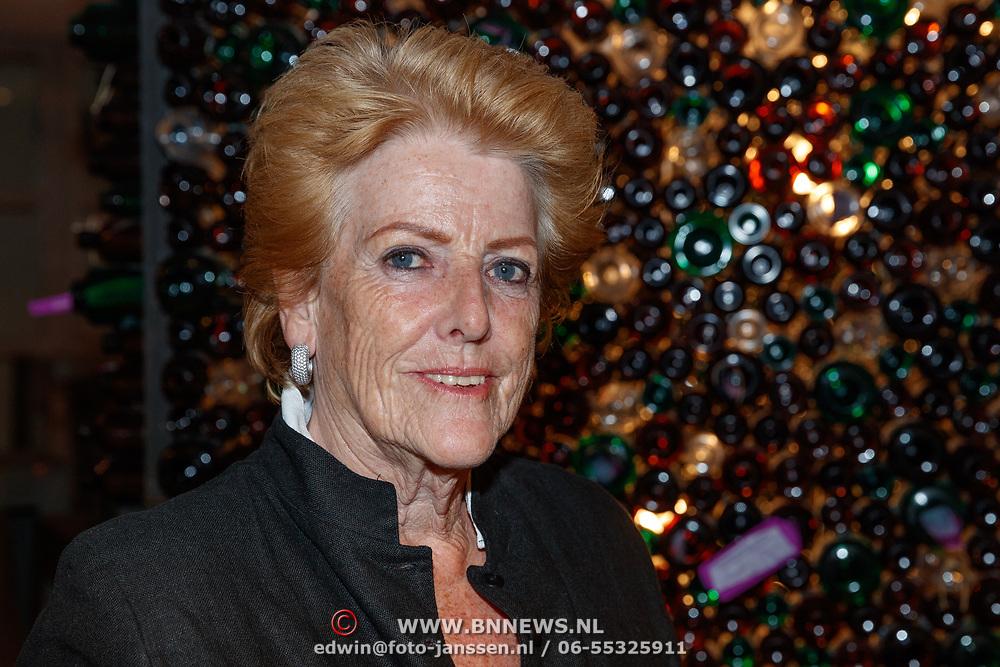 NLD/Amstelveen/20180924 - Toneelstuk Kunst & Kitsch premiere, Pamela Teves