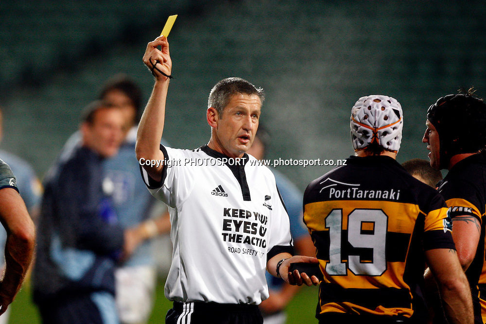 Referee Vinny Munro gives a yellow card for a high tackle to Taranaki's Scott Waldrom for a high tackle on Rene Ranger, Air NZ Cup, NPC rugby union, Northland v Taranaki, North Harbour Staduim, Albany, Auckland. Thursday 6 August 2009. Photo: William Booth/PHOTOSPORT