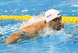 Chad le Clos of South Africa compete in the Men 200m Butterfly Final of FINA/airweave Swimming World Cup Doha 2017 at the Hamad Aquatic Centre in Doha , capital of Qatar on October. 04, 2017.Chad le Clos claimed the title with 1:49.59 (Xinhua/Nikku (Credit Image: © Nikku/Xinhua via ZUMA Wire)