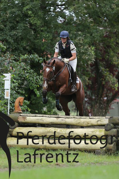 Bray, Miriam, Denman<br /> Hannover - Trakehner Bundesturnier<br /> Geländepferde Klasse L<br /> © www.sportfotos-lafrentz.de/ Stefan Lafrentz