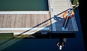Reddingsboie in een jachthaven - Rescue ring in a marina
