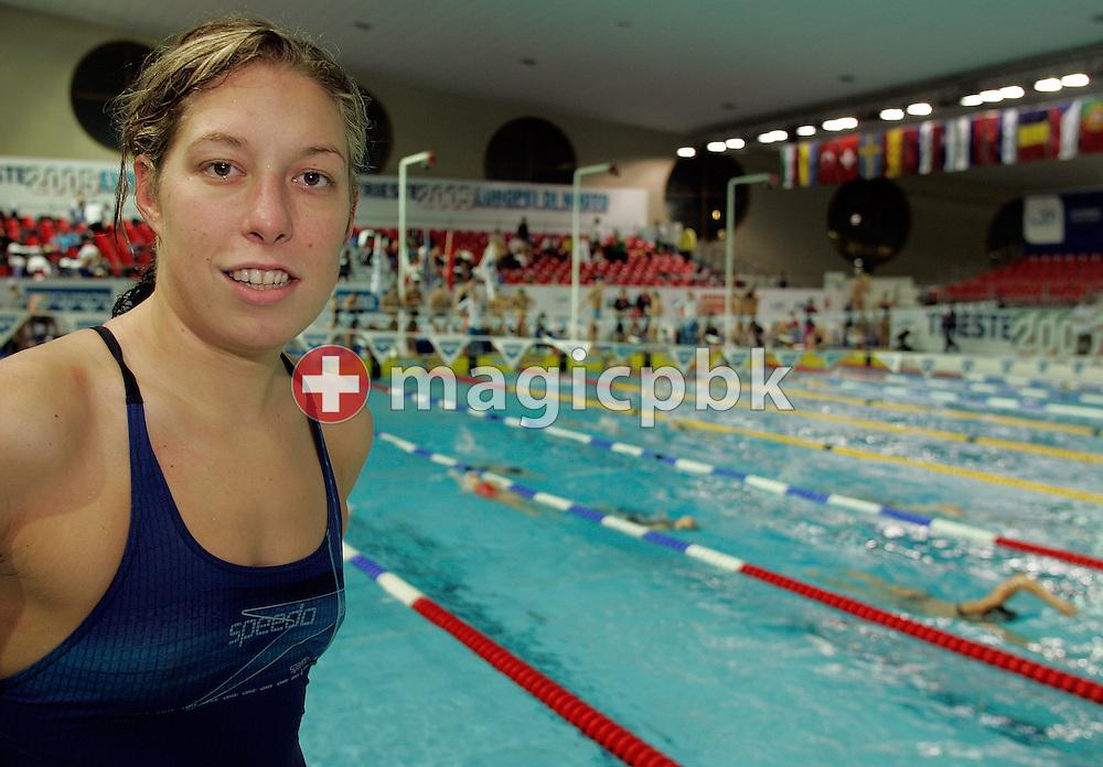 Flavia Rigamonti posiert im Polo Natatorio Bruno Bianchi in Triest, Italien, am Mittwoch, 7. Dezember 2005, wo ab Donnerstag die Kurzbahn Europameisterschaften im Schwimmen ausgetragen werden. (Photo by Patrick B. Kraemer/MAGICPBK)