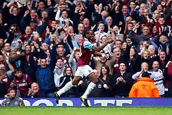 02.10.2010, Upton Park, London, ENG, PL, Tottenham Hotspur vs Aston Villa, im Bild Frederic Piquionne of West Ham United celebrates his goal. .Barclays Premier League, West Ham United v Fulham.. EXPA Pictures © 2010, PhotoCredit: EXPA/ IPS/ Kieran Galvin +++++ ATTENTION - OUT OF ENGLAND/UK +++++