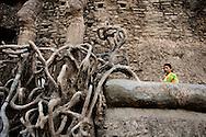 Nek Chand Fantasy Rock Garden, Chandigarh, Punjab, Indien.NOT FOR COMMERCIAL USE UNLESS PRIOR AGREED WITH PHOTOGRAPHER. (Contact Christina Sjogren at email address : cs@christinasjogren.com )