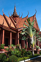 The National Museum of Cambodia in Phnom Penh is the country's leading historical and archaeological museum. It houses one of the world's largest collections of Khmer art, including sculpture, ceramics, bronzes, and ethnographic objects. The Museum's collection includes over 14,000 items, from prehistoric times to periods before, during, and after the Khmer Empire, which at its height stretched from Thailand, across present day Cambodia to southern Vietnam.<br />
