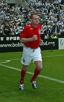 Photo: Andrew Unwin.<br /> Newcastle United v Glasgow Celtic. Alan Shearer Testimonial. 11/05/2006.<br /> Former Newcastle player Paul Gascoigne took part in a half-time penalty competition.