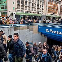 Metro B bloccata