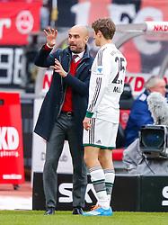 Football: Germany, 1. Bundesliga<br /> FC Bayern Muenchen<br /> Trainer Pep GUARDIOLA and Thomas MUELLER<br /> © pixathlon
