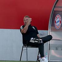 Hansi Flick Trainer head coach von FC Bayern Muenchen<br /><br />Testspiel Audi Football Summit FC Bayern Muenchen - Olympique Marseille  auf dem FC Bayern Campus<br />Saisonvorbereitung  2020 / 2021  <br /><br />Foto : Stefan Matzke / sampics / Pool via nordphoto / Bratic<br /><br />Nur für journalistische Zwecke ! Only for editorial use !<br /><br />DFL regulations prohibit any use of photographs as image sequences and/or quasi-video