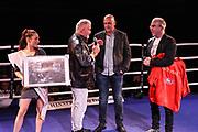 Boxen: Fritz Sdunek Memorial 2021, Zinnowitz, 25.09.2021<br /> Feature, Versteigerung Foto: Winne Spiering, Rene Suske und Ringsprecher Markus Assebecher <br /> © Torsten Helmke