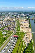 Nederland, Utrecht, Leidsche Rijn, 13-05-2019; Leidsche Rijntunnel, verkeerstunnel A2. Zuidelijk toerit, met aanzet van het park, boven op de landtunnel. Rechts Amsterdam-Rijnkanaal.<br /> Leidsche Rijn tunnel, traffic tunnel A2<br /> <br /> luchtfoto (toeslag op standard tarieven);<br /> aerial photo (additional fee required);<br /> copyright foto/photo Siebe Swart