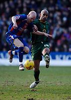 Photo: Daniel Hambury.<br />Crystal Palace v Norwich City. Coca Cola Championship. 25/02/2006.<br />Palace's Andrew Johnson (L) and Norwich's Zesh Rehman battle.