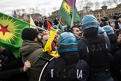 February 5, 2018 - Rome, Italy, Italy - Pro-Kurdish demonstrators clash with Italian Police during a sit-in near the Vatican in Rome, Monday, Feb. 5, 2018. Some 150 Kurdish protesters gathered near the Vatican on Monday as Turkish President Recip Tayyip Erdogan swept past in a long motorcade to the Vatican where he met with Pope Francis. Banner in Italian reads: ''Freedom for Ocalan'',on February 03, 2018 in Rome, Italy. (Credit Image: © Andrea Ronchini/NurPhoto via ZUMA Press)