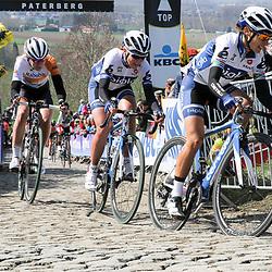 05-04-2015: Wielrennen: Ronde van Vlaanderen vrouwen: Belgie<br /> OUDENAARDE (BEL) cycling<br /> The 3th race in the UCI womens World Cup is the 12th edition of the Ronde van Vlaanderen. The race distance is 145 km with 12 Climbs and 5 zones of Cobbles.<br /> On the Paterberg, Asleigh Moolman, Annemiek van Vleuten, Anna van der Breggen