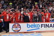 DESCRIZIONE : Beko Final Eight Coppa Italia 2016 Serie A Final8 Finale Olimpia EA7 Emporio Armani Milano - Sidigas Scandone Avellino<br /> GIOCATORE : Olimpia EA7 Emporio Armani Milano<br /> CATEGORIA : Ritratto Esultanza Postgame Premiazione<br /> SQUADRA : Olimpia EA7 Emporio Armani Milano<br /> EVENTO : Beko Final Eight Coppa Italia 2016<br /> GARA : Finale Olimpia EA7 Emporio Armani Milano - Sidigas Scandone Avellino<br /> DATA : 21/02/2016<br /> SPORT : Pallacanestro <br /> AUTORE : Agenzia Ciamillo-Castoria/C.Atzori