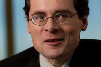 10 JAN 2005, BERLIN/GERMANY:<br /> Roger Koeppel, Chefredakteur der Tageszeitung Die Welt, waehrend einem Interview, in seinem Buero, Axel-Springer-Haus<br /> IMAGE: 20050110-02-039<br /> KEYWORDS: Roger Köppel