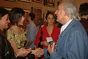 Sophie Hunter, Fiammetta Horvat and William Klein, Tal R. Minus. Victoria Miro Gallery. 13 May 2006. ONE TIME USE ONLY - DO NOT ARCHIVE  © Copyright Photograph by Dafydd Jones 66 Stockwell Park Rd. London SW9 0DA Tel 020 7733 0108 www.dafjones.com
