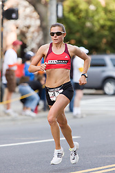 Magdalena Lewy Boulet leads race after 8 miles