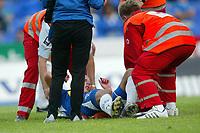Fotball<br /> NM 2006<br /> 12.07.2006<br /> Sandefjord FK v Skeid 3-2<br /> Foto: Morten Olsen, Digitalsport<br /> <br /> Arnar Førsund ble skadet og måtte bæres ut