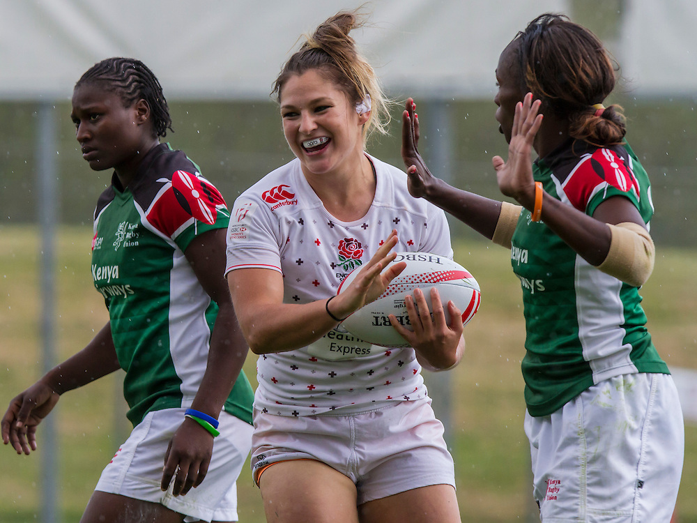 Amy Wilson-Hardy after scoring a try against Kenya, World Rugby Women's HSBC Sevens Series, Clermont Ferrand, Day 1, at Stade Gabriel Montpied, Clermont Ferrand, France, on 28th May 2016