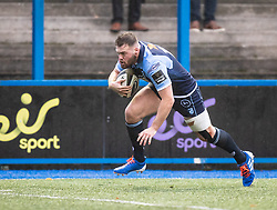 Owen Lane of Cardiff Blues scores his sides first try<br /> <br /> Photographer Simon King/Replay Images<br /> <br /> Guinness PRO14 Round 2 - Cardiff Blues v Edinburgh - Saturday 5th October 2019 -Cardiff Arms Park - Cardiff<br /> <br /> World Copyright © Replay Images . All rights reserved. info@replayimages.co.uk - http://replayimages.co.uk