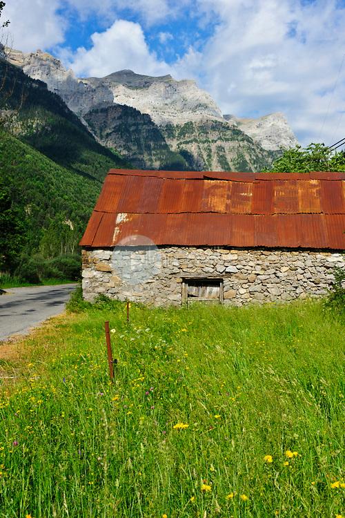 Valle de Pineta. Parque Nacional de Ordesa. Pirineos. Bielsa. Huesca ©ANTONIO REAL HURTADO / PILAR REVILLA