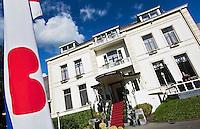 BEETSTERZWAAG -  Het Bilderberg hotel op het landgoed Lauswolt.  Copyright Koen Suyk