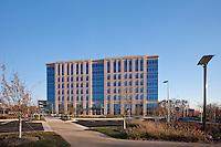 Exterior Image of Washingtonian Office Building in Gaithersburg, Maryland