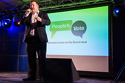 London, UK. 15th January, 2019. Stephen Doughty, Labour MP for Cardiff South and Penarth, addresses pro-EU activists attending a People's Vote rally in Parliament Square as MPs vote in the House of Commons on Prime Minister Theresa May's proposed final Brexit withdrawal agreement.