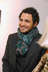 ZAC POSEN at an exhibition of paintings by artist Rene Richard at the Scream Gallery, Bruton Street, London on 3rd April 2008.<br /><br />NON EXCLUSIVE - WORLD RIGHTS