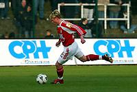 Fotball - Belgia - 05.04.2003<br /> La Louviere v Standard Liege<br /> Bjørn Helge Riise - Standard Liege<br /> Foto: Philippe Crochet, Digitalsport
